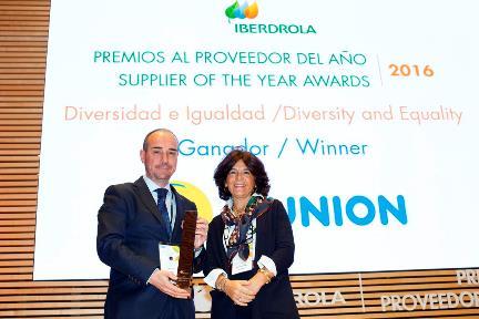 Jaime Calzado recibe el premio Iberdrola