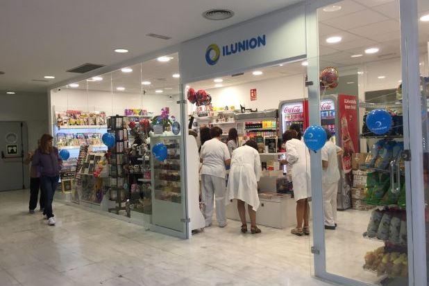 PORTADA OK Exterior de la nueva tienda de ILUNION Retal en Granada