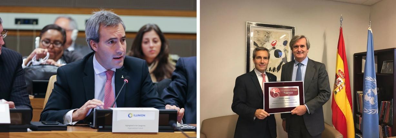 PORTADA 3 Montaje de dos imágenes, una de Alejandro Oñoro durante su intervención en la sede de la ONU en Nueva York, y otra del consejero delegado junto al embajador permanente de España en la ONU