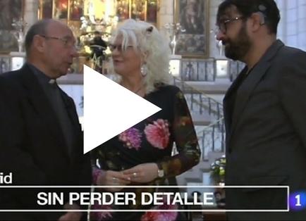 PORTADA Un momento del reportaje de España Directo sobre el bucle magnético en la catedral de la Almudena